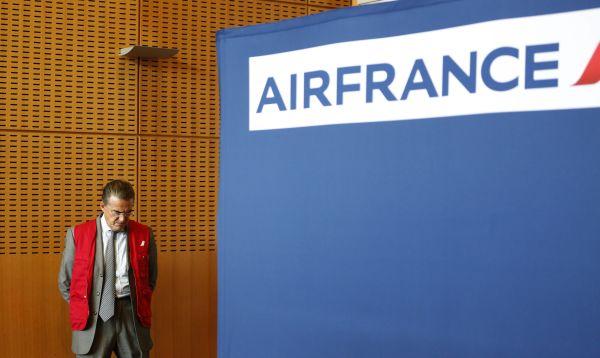 Pilotos de Air France cumplen su tercer día de huelga