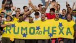 """FIFA lanza campaña contra el racismo con """"selfies"""" de los hinchas - Noticias de dani alves"""