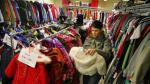 Confianza del consumidor de EE.UU. sube con fuerza en julio - Noticias de the conference board