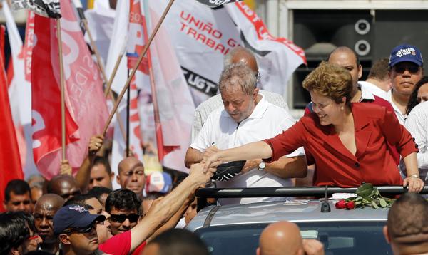 Continua la campaña electoral en Brasil