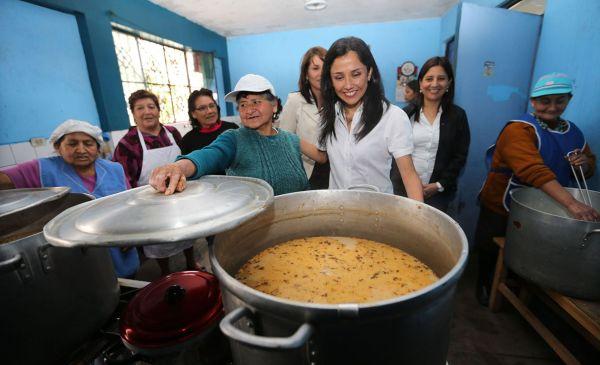 Nadine Heredia lanza III Semana de la Inclusión Social