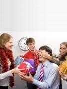 ¿Intercambio navideño?. Seis regalos que no puede entregar en el intercambio navideño de la oficina