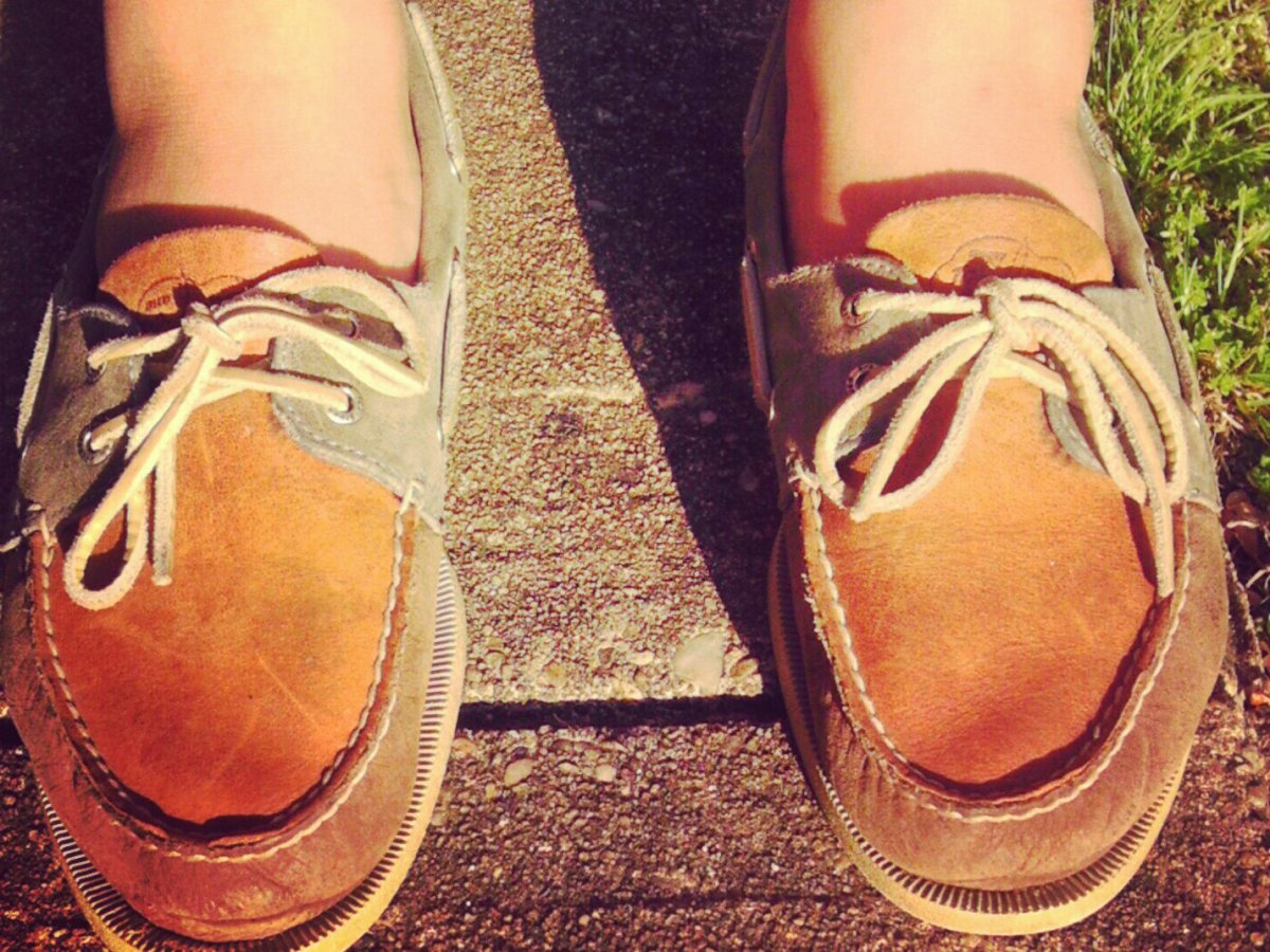 Los zapatos de punta cuadrada han dejado de ser aceptables desde hace un tiempo, y se aconseja a los hombres mantenerse alejados de