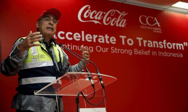 Coca-Cola invierte US$ 500 millones para acelerar crecimiento en el mercado indonesio - Noticias de muhtar kent