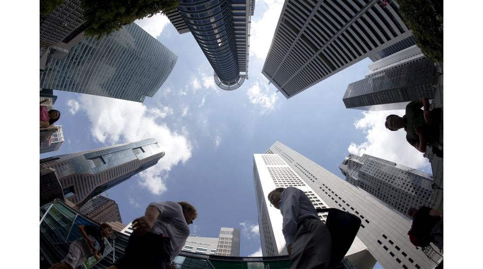 Investigan si evaden impuestos empresas financieras asentadas en Singapur - Noticias de países de bajo ingreso