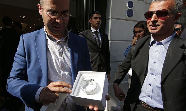 Apple finalmente lanza su reloj inteligente Apple Watch - Noticias de almacenes paris