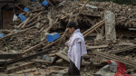 Un día después de terremoto, cifra de muertos en Nepal asciende a 2,500 - Noticias de everest