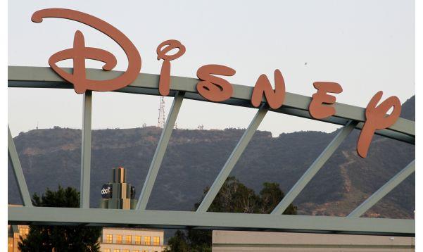Ingresos de Disney superan previsiones por impulso de parques temáticos y medios - Noticias de parque tematico
