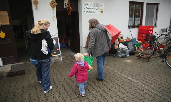 Uno de cada cinco niños alemanes crece en la pobreza - Noticias de pobreza