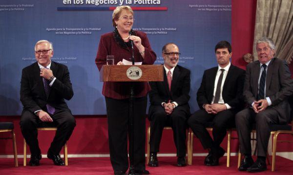Bachelet presentó a su nuevo gabinete ministerial, Rodrigo Valdés será el ministro de Finanzas - Noticias de michele bachelet
