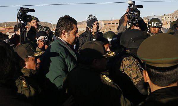 Evo Morales entrega a Martín Belaunde Lossio a autoridades peruanas