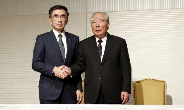 Consorcio automovilístico japonés Suzuki tiene nuevo presidente aliviando preocupaciones sobre plan de sucesión