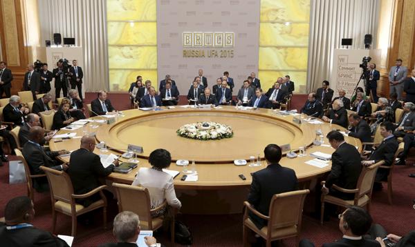 Países del BRICS están preocupados sobre mercados y volatilidad de precios del crudo - Noticias de mercados emergentes