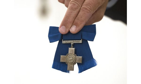 Más de US$ 400,000 pagan por medallas de heroína de Segunda Guerra Mundial - Noticias de violette szabo
