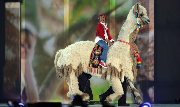 Perú presentó espectáculo artístico en clausura de Juegos Panamericanos 2015 - Noticias de minedu