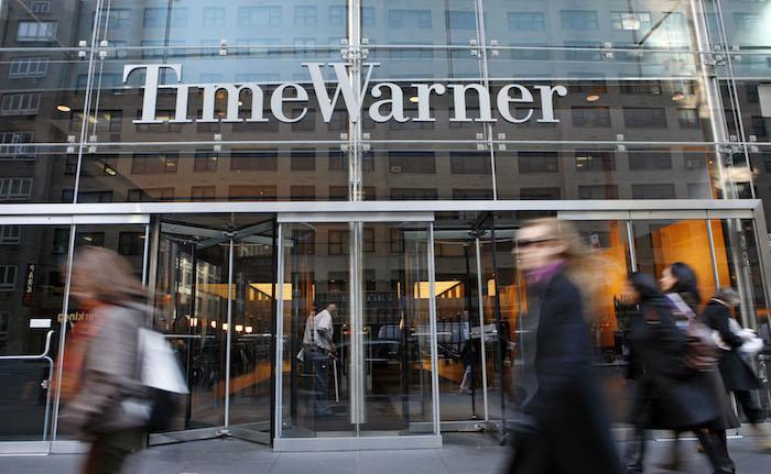 Ganancia de Time Warner sube más de lo previsto por servicio online y videojuego Batman - Noticias de mortal kombat