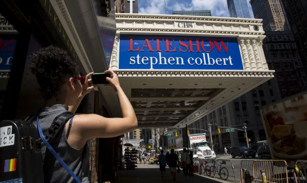 The Late Show se alista a reaparecer con Stephen Colbert como conductor - Noticias de david letterman