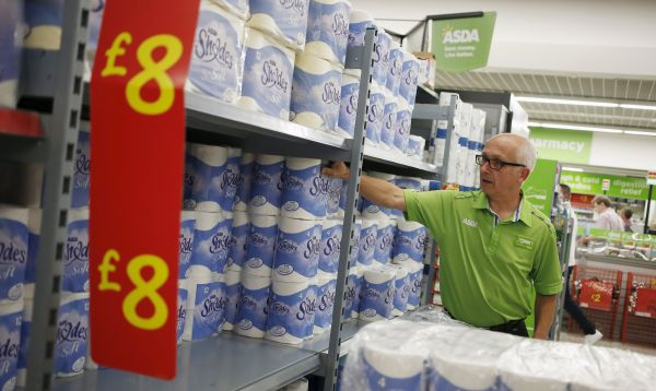 Supermercados Asda del Reino Unido registra sus peores ventas trimestrales en 16 años