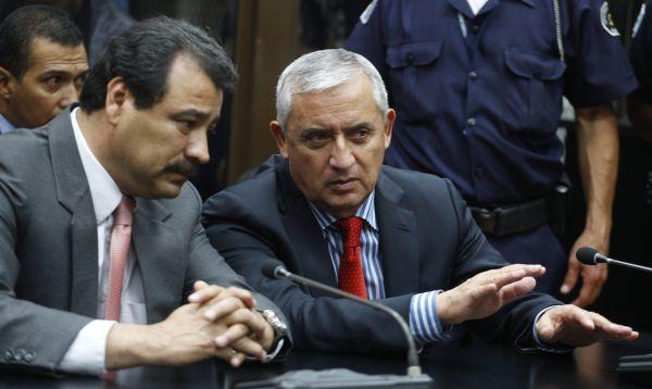 Pérez Molina se presenta a tribunal tras renunciar a la presidencia de Guatemala - Noticias de otto perez molina