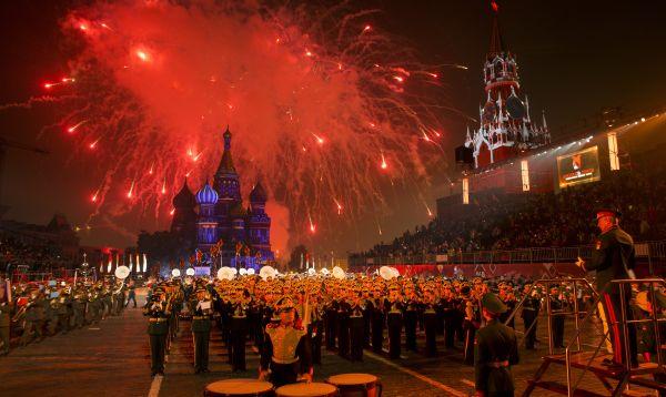 Festival Internacional de Música de Orquestas Militares se realizó en la Plaza Roja de Moscú