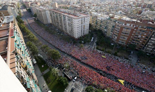 Cientos de miles de catalanes se manifestaron a favor de la separación de España - Noticias de independencia de cataluña
