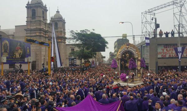 Calles de Lima se visten de color morado para nueva salida del Señor de los Milagros - Noticias de iglesia católica
