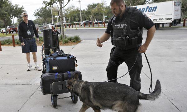 NFL refuerza seguridad en estadios de fútbol americano luego de atentados en París - Noticias de raymond james