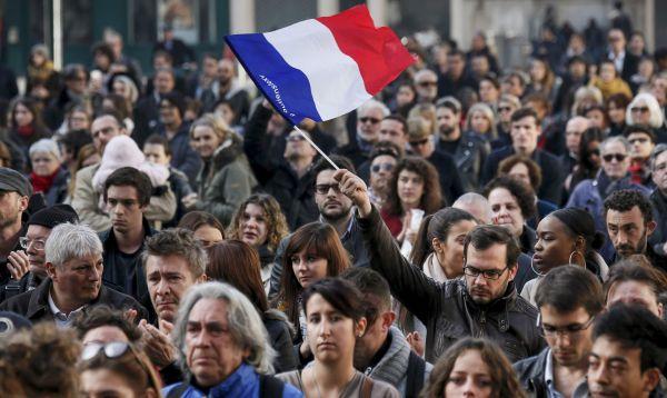 Francia y toda Europa guarda minuto de silencio en memoria de víctimas - Noticias de los polvorines