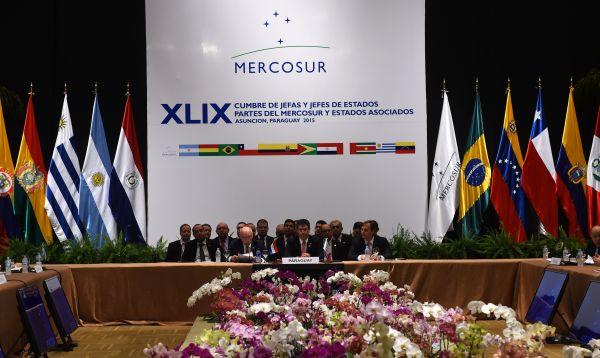 Cumbre de Mercosur sin Maduro y con Macri debate los derechos humanos - Noticias de mercosur