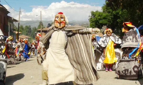 Junín: danza de la Huaconada concita la atención de los turistas - Noticias de huaconada