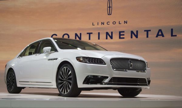 Lincoln presenta su gigante y lujoso Continental en el salón de Detroit - Noticias de autos nuevos
