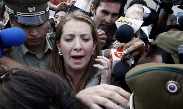 Justicia chilena formaliza cargos a nuera de Bachelet por delitos tributarios - Noticias de sebastian davalos