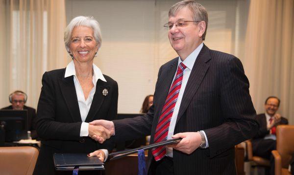Christine Lagarde es reelecta al frente del FMI - Noticias de fmi