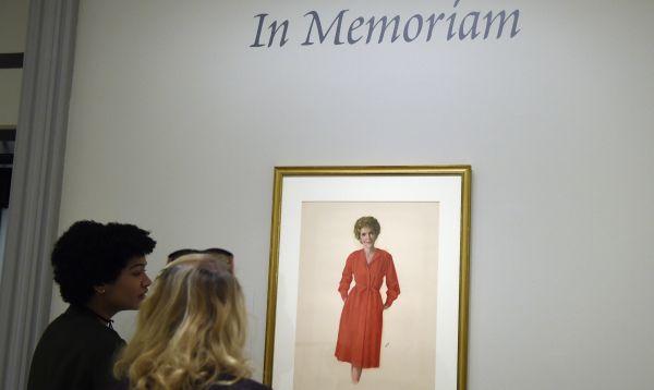 Galería Nacional de Retratos de Washington rinde homenaje a fallecida Nancy Reagan - Noticias de ronald reagan