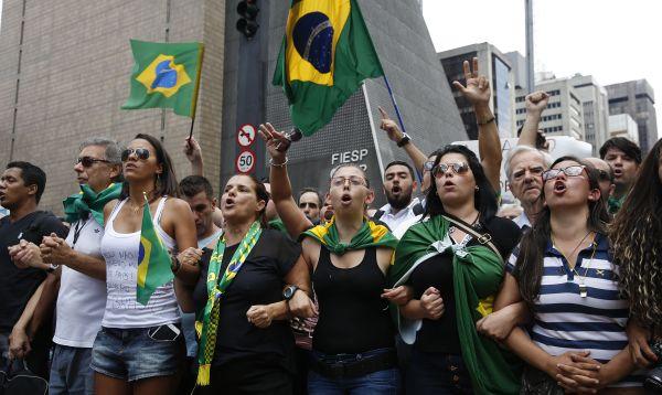 Brasil: Protestan por nombramiento de Lula da Silva al gabinete - Noticias de crisis politica
