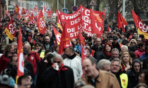 Huelgas y manifestaciones en Francia contra política del presidente Francois Hollande - Noticias de reforma laboral