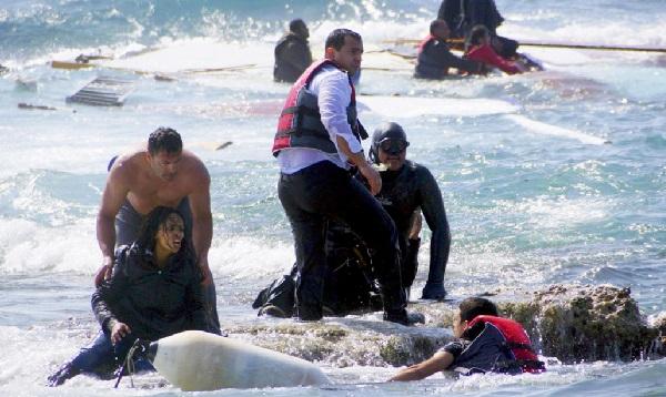 Libia: naufragio deja 84 migrantes desaparecidos - Noticias de redes sociales