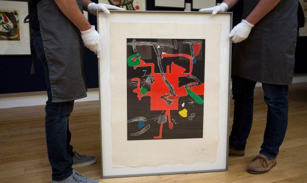 Subastarán obras de Joan Miró para ayudar a refugiados - Noticias de christies