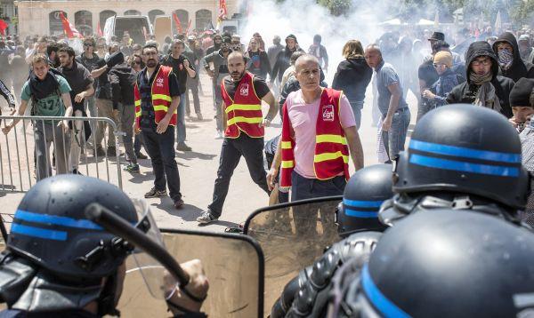 Francia inicia semana de huelgas y protestas contra reforma laboral - Noticias de reforma laboral