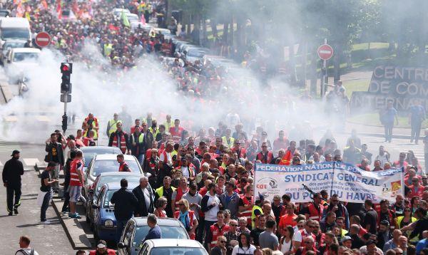 Siguen las protestas en Francia contra la reforma laboral - Noticias de reforma laboral