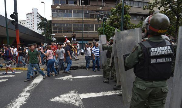Protestan en Caracas por escasez de alimentos - Noticias de origen