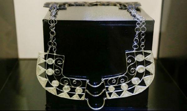 Exponen colección de joyas elaboradas por artesanos de Cajamarca - Noticias de instituto toulouse lautrec