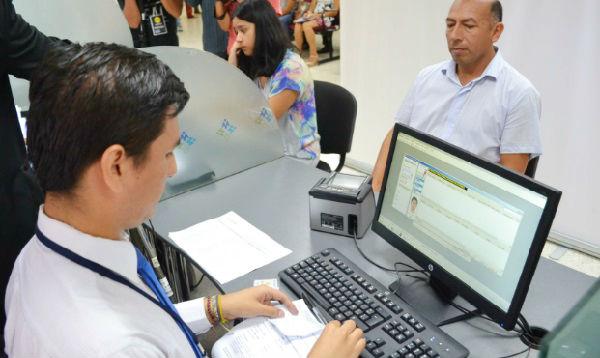 Migraciones cierra temporalmente oficina de Miraflores - Noticias de ovalo gutierrez