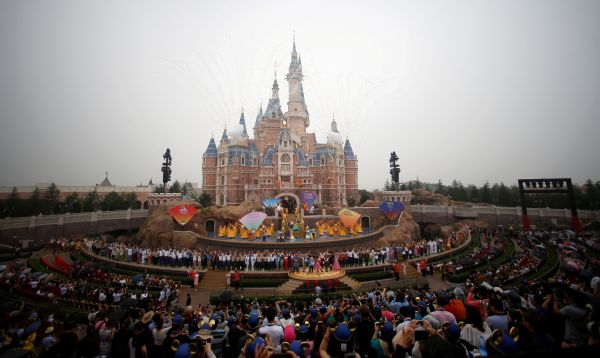 Disney inaugura parque temático en China - Noticias de parque tematico