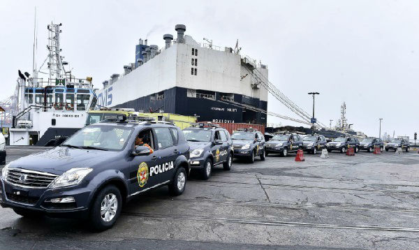 Desembarcan 200 patrulleros en el puerto del Callao - Noticias de jose luis perez
