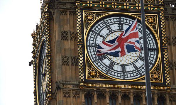 Legisladores británicos rindieron homenaje a la asesinada diputada laborista Jo Cox - Noticias de reina isabel