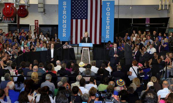 """Hillary Clinton advierte de """"recesión Trump"""" en discurso sobre economía de EE.UU. - Noticias de empresarios"""