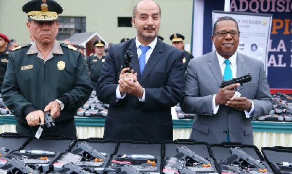 Perú adquirió lote de armas a EE.UU. - Noticias de jose luis perez