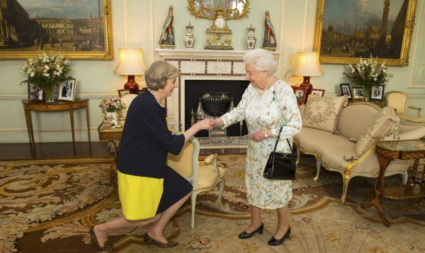 Theresa May se convierte en primera ministra de Reino Unido - Noticias de isabel ii