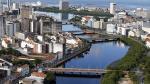 Libro narra como los megarricos brasileños despluman a su país - Noticias de sergio batista